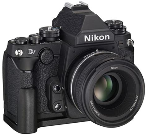 New DF-GR1 grip for the Nikon Df camera announced in Japan