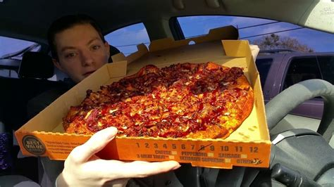 Little Caesars Smokehouse Pizza - Food Review - YouTube