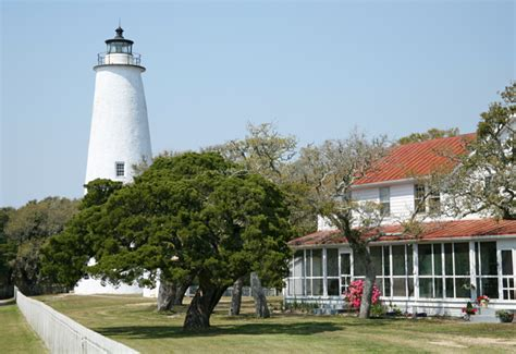 Ocracoke Lighthouse, North Carolina at Lighthousefriends