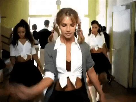 10 Iconic 90s Music Video Outfits That Inspired Your