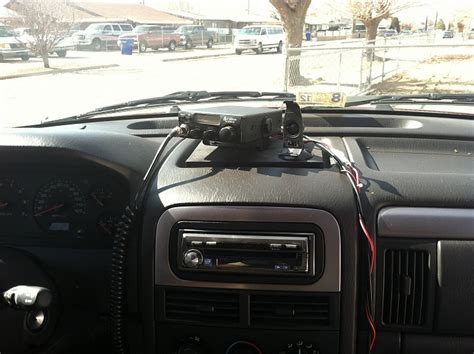Removable CB / GPS mount for WJ - Jeep Cherokee Forum
